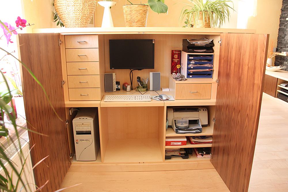 schimmel im wohnzimmerschrank badezimmer g nstig online. Black Bedroom Furniture Sets. Home Design Ideas